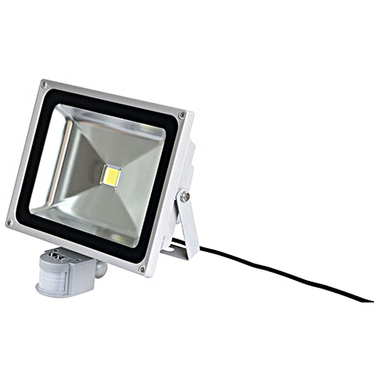 LED-Außenstrahler 50W mit Bewegungsmelder
